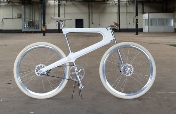 「Epo」は2枚のアルミ板をプレス加工して製造された自転車