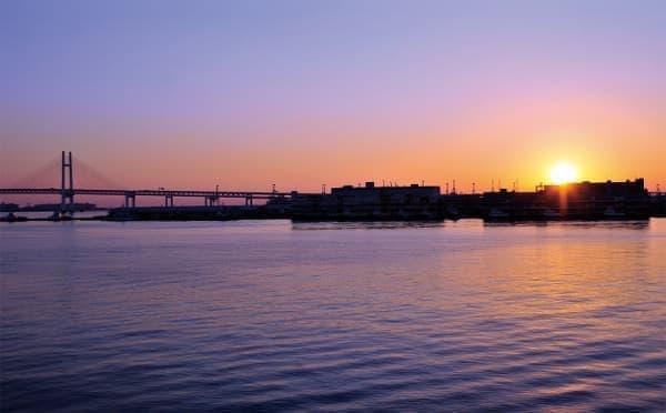 横浜、大さん橋からの初日の出、2014年のようす(出典:東武鉄道)