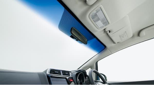 IR カット/UV カット機能付フロントウインドウガラス