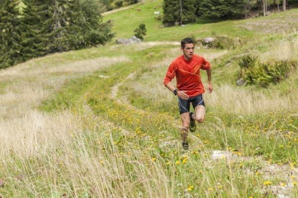 クロスカントリースキー、スノーボード、ハイキング、登山、トレイルランなど、  様々なスポーツに対応