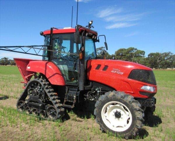 無人で農作業をするロボットトラクター