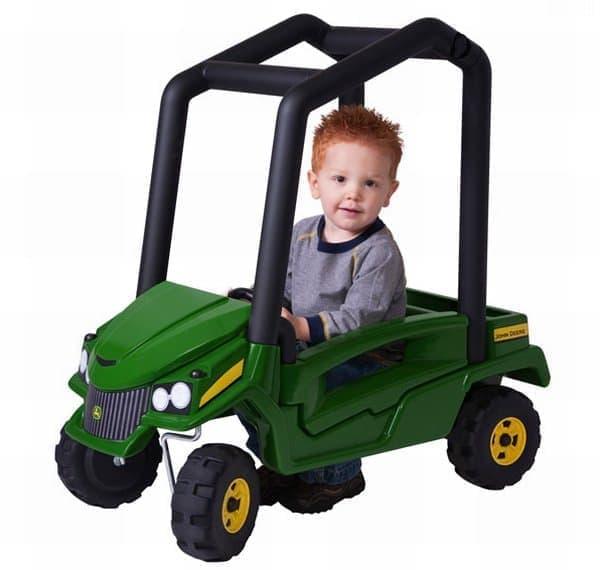 参考画像:一般的なおもちゃの自動車