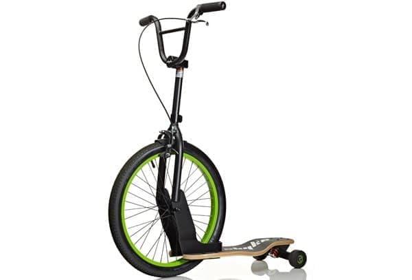 「Sbyke」は前輪に BMX 用タイヤを取り付けたキックスクーター