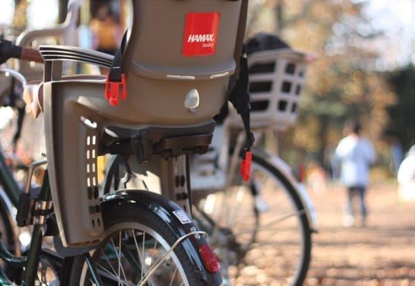 子供を乗せてもラクラク走れる電動アシスト自転車