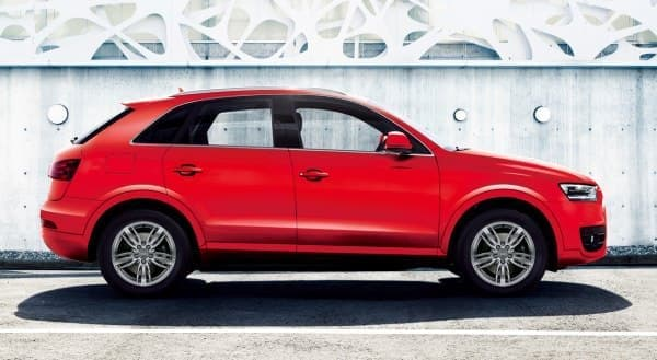 Audi Q3 の限定車「Audi Q3 color selection-Misano Red」