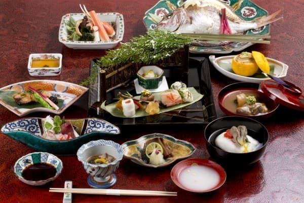 加賀料理では、地魚が味わえる