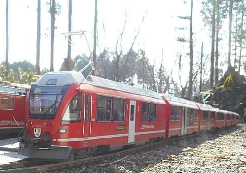 レーティッシュ鉄道のアレグラ号も模型になって箱根を走る
