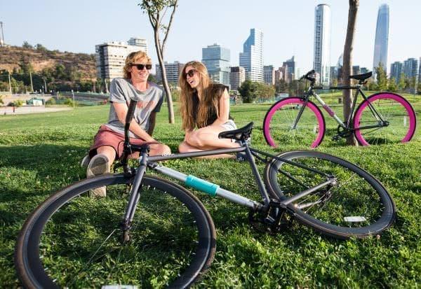 重い自転車用ロックの持ち運びが不要に