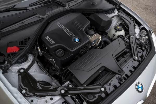 2.0リッター直列4気筒 BMW ツインパワーターボエンジンを搭載
