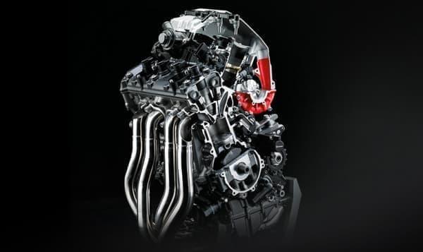 310馬力のスーパーチャージドエンジン搭載