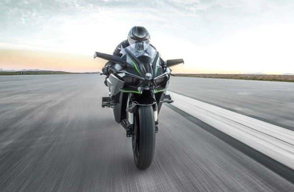 310馬力のサーキット専用車「Ninja H2R」販売開始