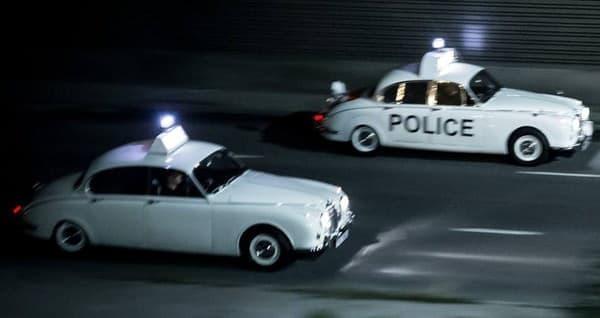 カメラがとらえた Mark II パトカー、現役だったのか…