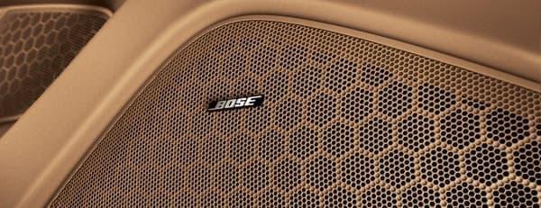 Bose サラウンドサウンドシステム