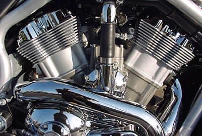 参考画像:ハーレーダビッドソンの V 型2気筒エンジン  かなり忠実に再現されているのがわかる