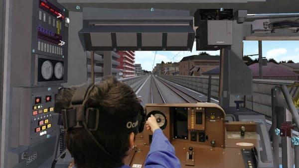 実際に列車に乗っているかのような映像が周囲に展開