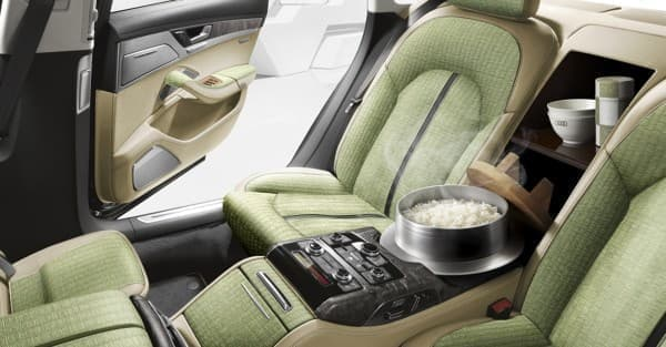 アウディ、炊飯器を搭載した「Audi A8 5.5(ごはん)」を発表
