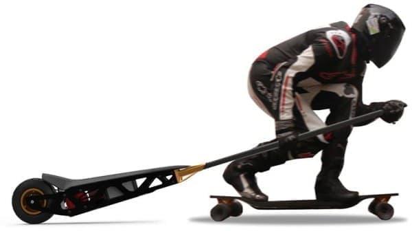 スケートボードを移動・通勤手段に変える「ePaddle」  自動車・バイクニュース