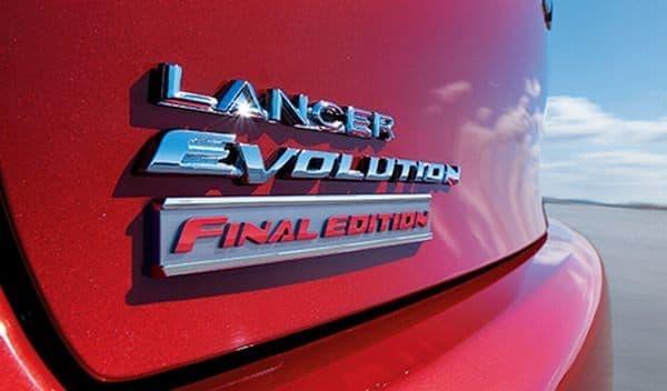 リヤトランクの「Final Edition」エンブレム