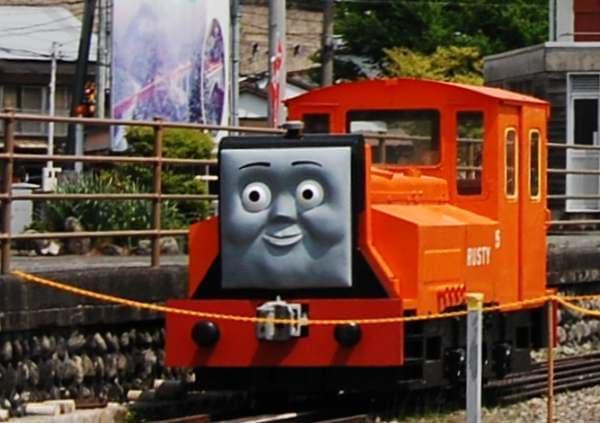 素直でまじめなディーゼル機関車「ラスティー」