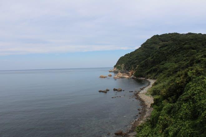山陰本線の須佐~江崎間は車窓から素晴らしい景勝が望める(写真提供:JR 西日本)