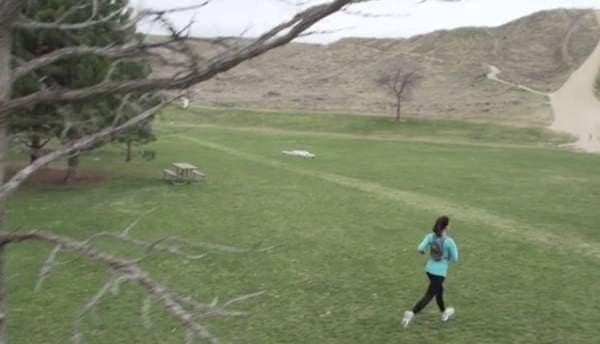 「Follow Me」モードでは、自分の走る姿を撮影できる