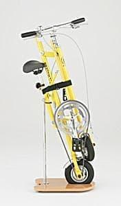折り畳み自転車「エクスウォーカー」  折り畳み時にはベルクロで固定する