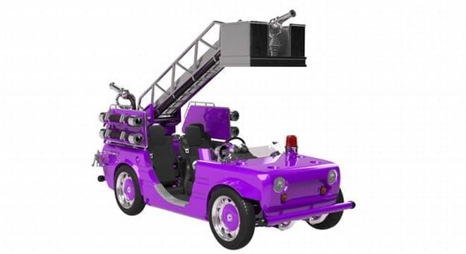 コース内を走行するクルマの例:消防車