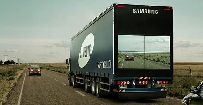 追い越し時の事故を減らすシステム「Safety Truck」