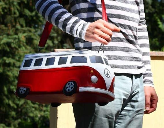 フォルクスワーゲンバスそっくりにデザインされた「Volkswagen Bag」
