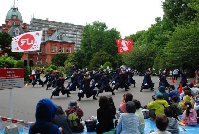 北海道庁赤れんが会場で勇壮な姿を披露(写真提供:JR 九州)