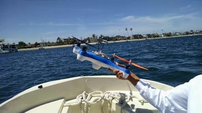 魚釣り専用ドローン「Aguadrone」
