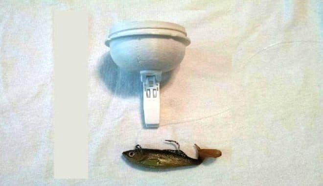 魚釣り機能では、フライヤーをポイントに投入  魚をキャッチします