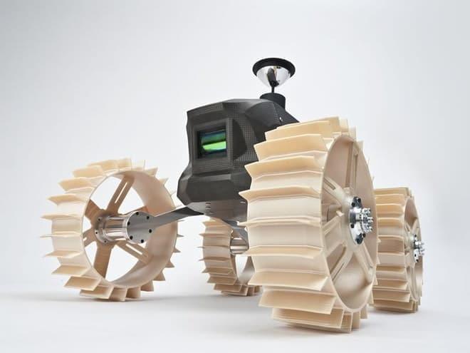 4輪探査機「ムーンレイカー」試験版。民生品を多用、車輪は 3D プリンター製