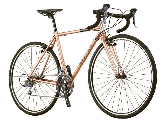 30C タイヤを装備したマルチパーパスバイク「スポルツアー」
