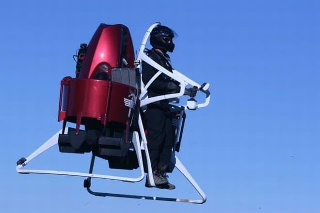 当面は私有地でしか飛べないであろう「Martin jetpack」  15万ドルは安い?高い?