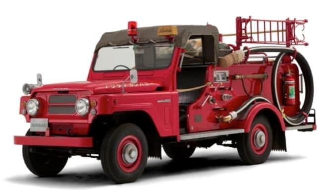 レトロな消防車や
