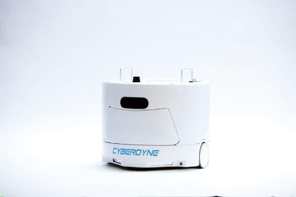 掃除をするクリーンロボット