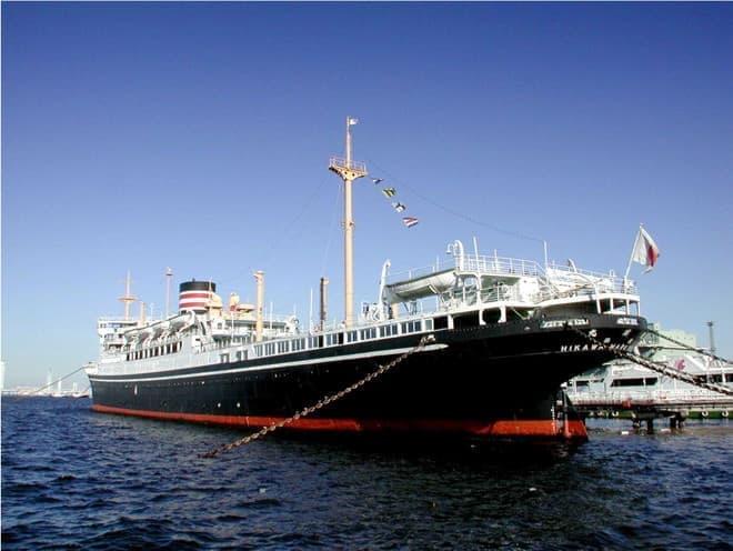 1930年生まれのレトロな貨客船。多くのドラマを秘めている