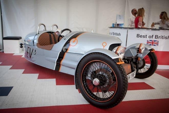 これが電気自動車とは