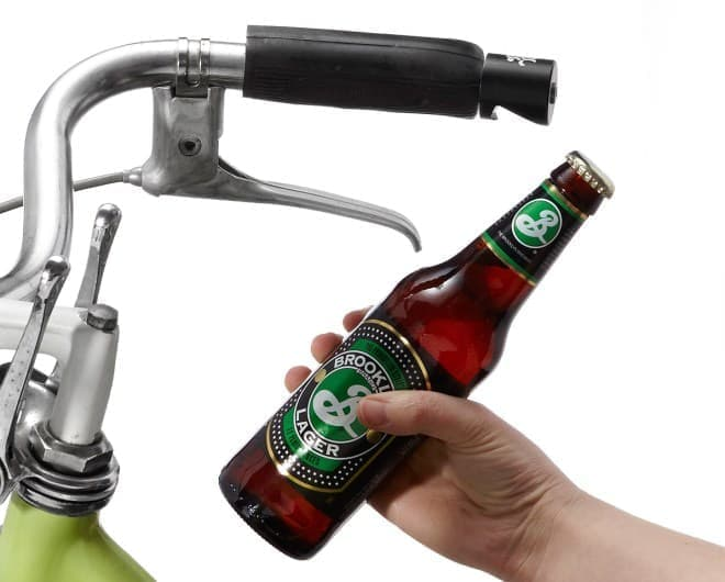 自転車に取り付ける栓抜き「Pub Nub(パブノブ)」
