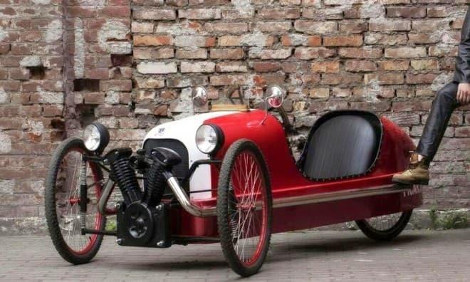 モーガンスリーホイラーのレプリカ版自転車「PICAR」