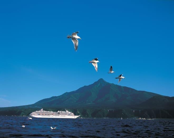 飛鳥II、利尻島へのクルーズのようす、さらに北へも