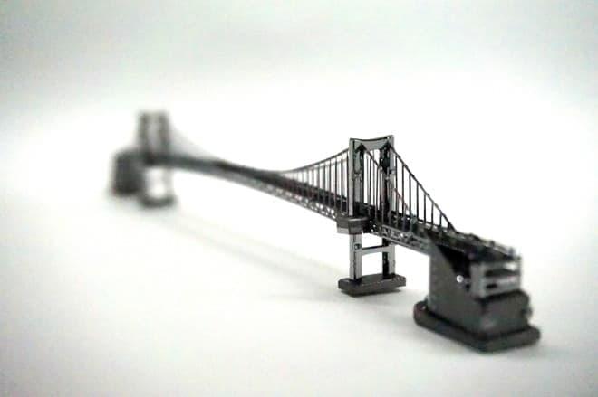 メタルのレインボーブリッジ