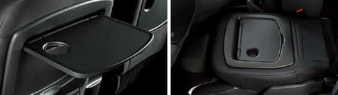 フロントシートバックテーブル(左)と可倒式助手席(右)