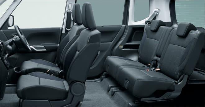 チャコールグレーを基調としたシート表皮