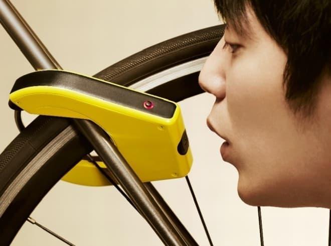 アルコール検出機能付き自転車用ロック「ALCOHO-LOCK(アルコホロック)」