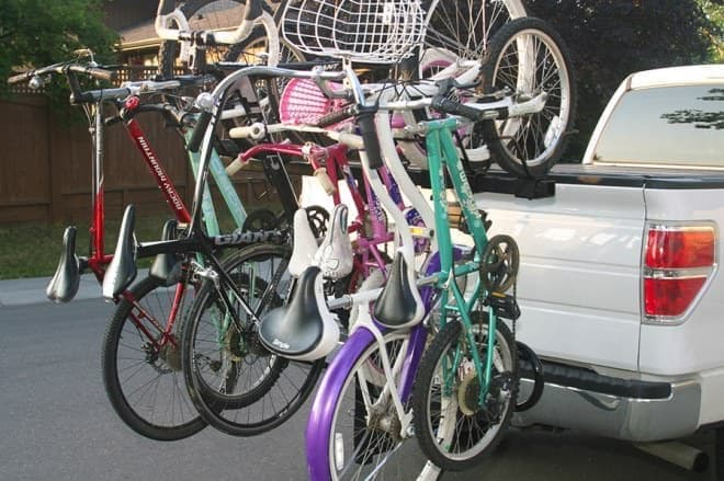 日本でこの台数を運んでいたら  「自転車屋?」と言われそうだ