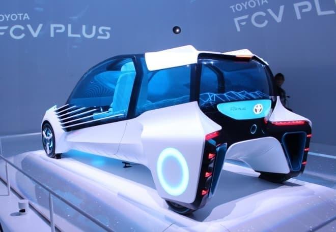 インホイールモーターにより、キャビン部分は自由に設計できる  ランクルみたいなFCVも?