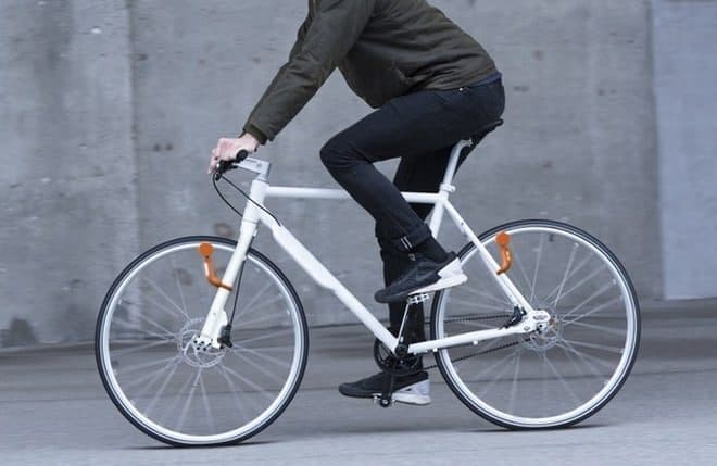 デンマークのReelightが開発した自転車用ライト「NEO」