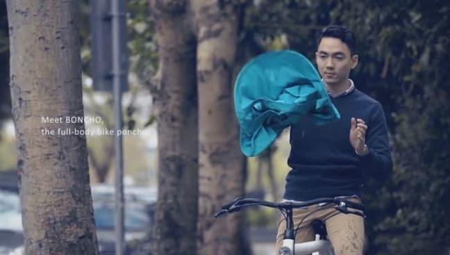 """""""ポンッ!""""と開き10秒で使える自転車用ポンチョ「BONCHO」"""